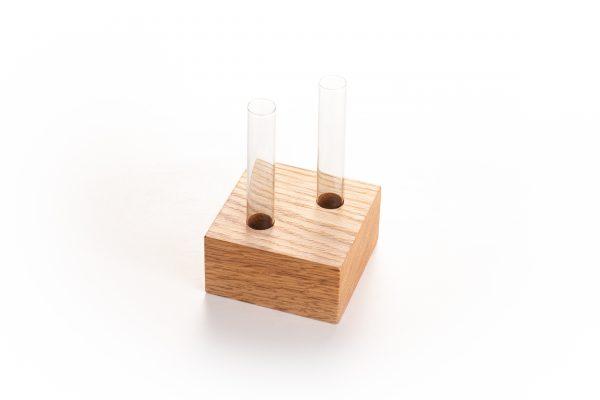 Blok met glazen buisjes